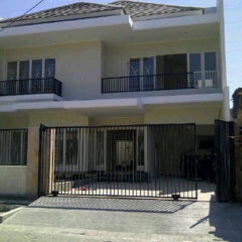 Rumah New Minimalis , Tengah Kota daerah Dharmahusada