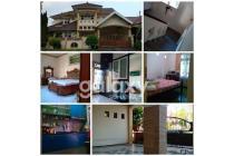 Dijual Rumah 2 Lantai Delta Sari, Depan Taman - Jimmy