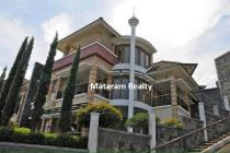 Rumah lux, fullfurnish, Full view dlm cluster Dago dekat ITB