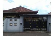 Rumah Siap Huni Dapat dikontrak Per Tahun Strategis, Bisa Parkir Mobil Pr16