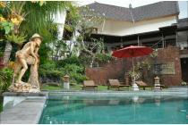 Dijual luxury villa los sungai lokasi jalan Pantai Nyanyi