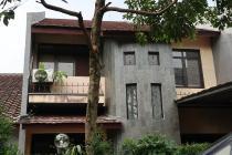 Rumah Lama 2 lantai, Siap Huni, dekat Cinere Mall, Cinere, Depok