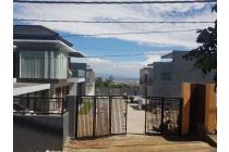 DIBAWAH HARGA PASAR! Rumah konsep Vila di Ujung Berung Bandung