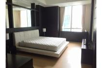 Prestigious Apartment with Low Fare at The Peak Sudirman 3BR+1