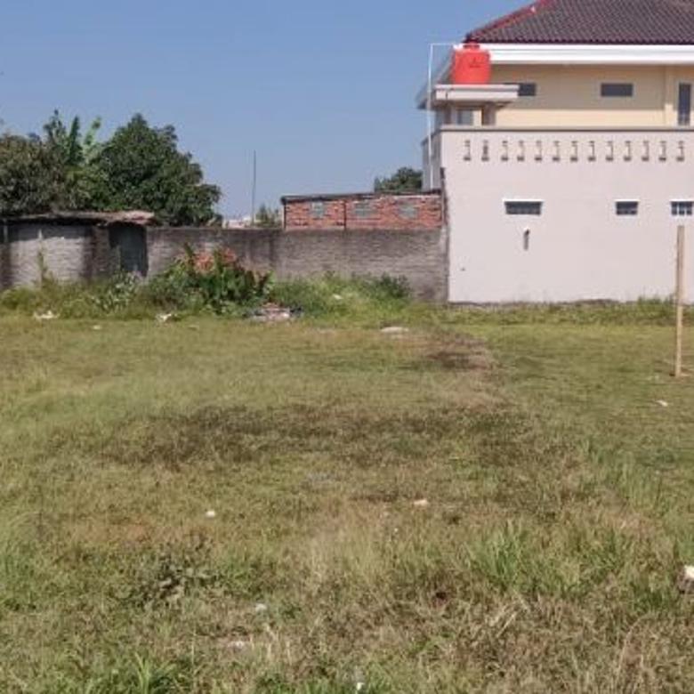 tanah luas di dekat pusat pendidikan Jatinangor