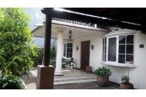 Dijual Cepat Rumah Luas dan Asri di Kebayoran Lama 08119199944