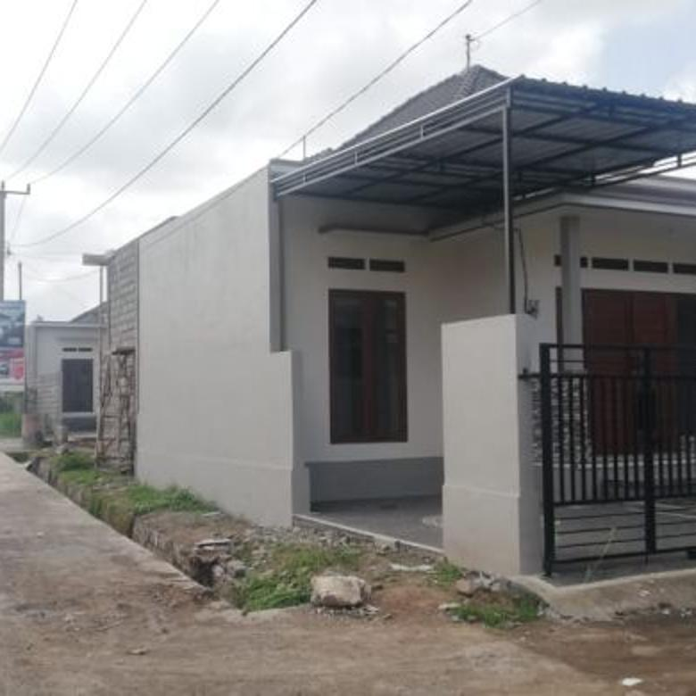 Rumah MURAH di SENAPAHAN Utara Masjid Kediri Tabanan
