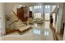 Rumah Mewah di Cluster Villa Permata Gading, Kelapa Gading