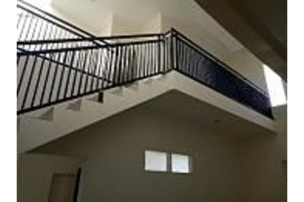 Rumah bagus 2 lantai siap Huni di Margahayu raya deket Metro 13698441