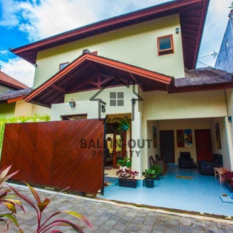 Dijual Villa mewah lokasi di central petitenget Seminyak Bali