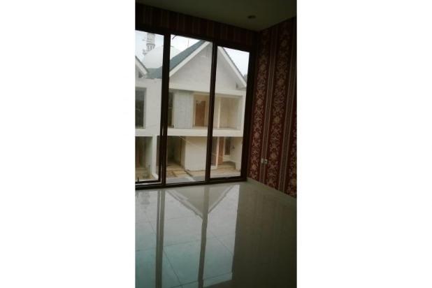 Town House di Kawasan Duren Tiga Jakarta Selatan 5409408