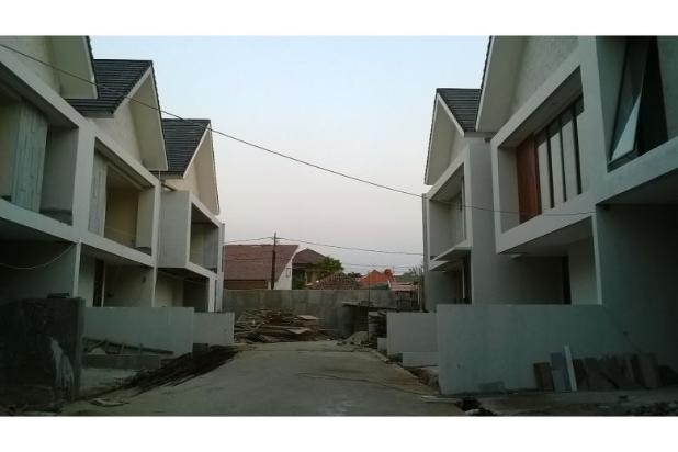 Town House di Kawasan Duren Tiga Jakarta Selatan 5409405