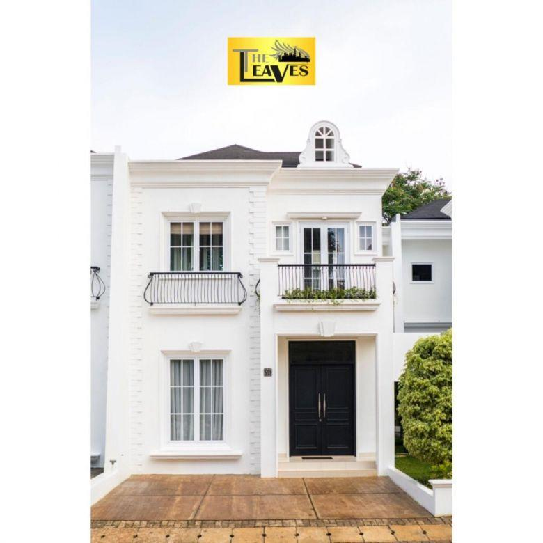 The Leaves Townhouse , siap huni, private pool ,full furnished