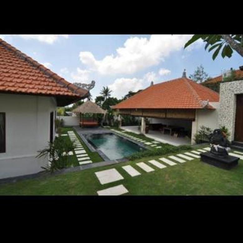 Beautiful Villa 2 Unit Lokasi Pererenan Tumbak Bayuh