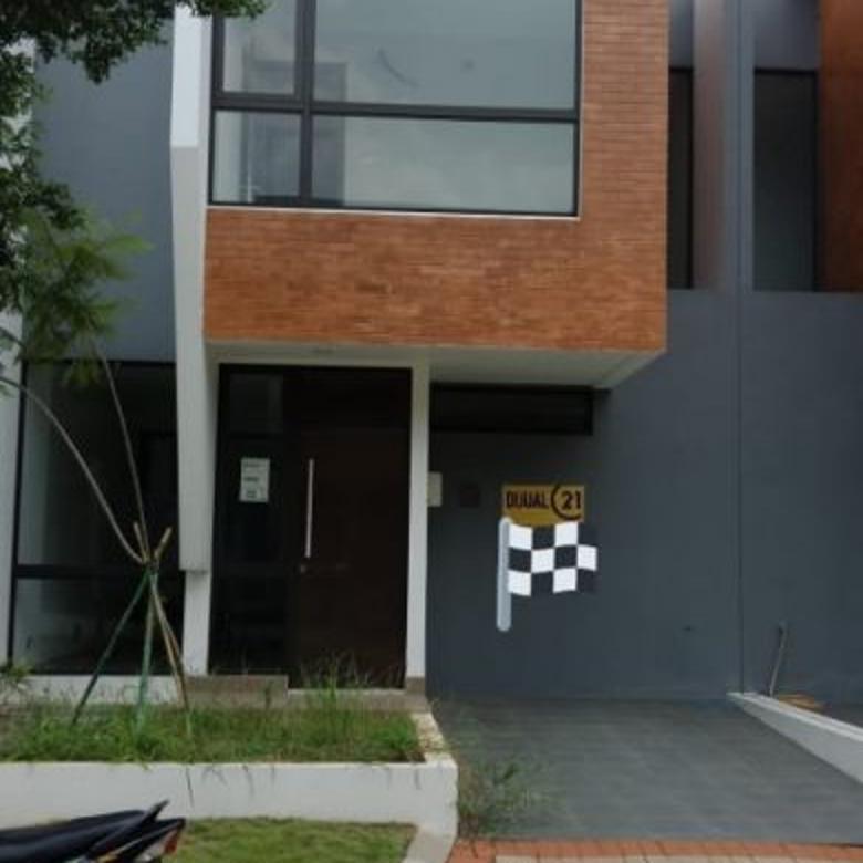 Rumah 2 Lantai Brand New di Kebayoran Neou BS7
