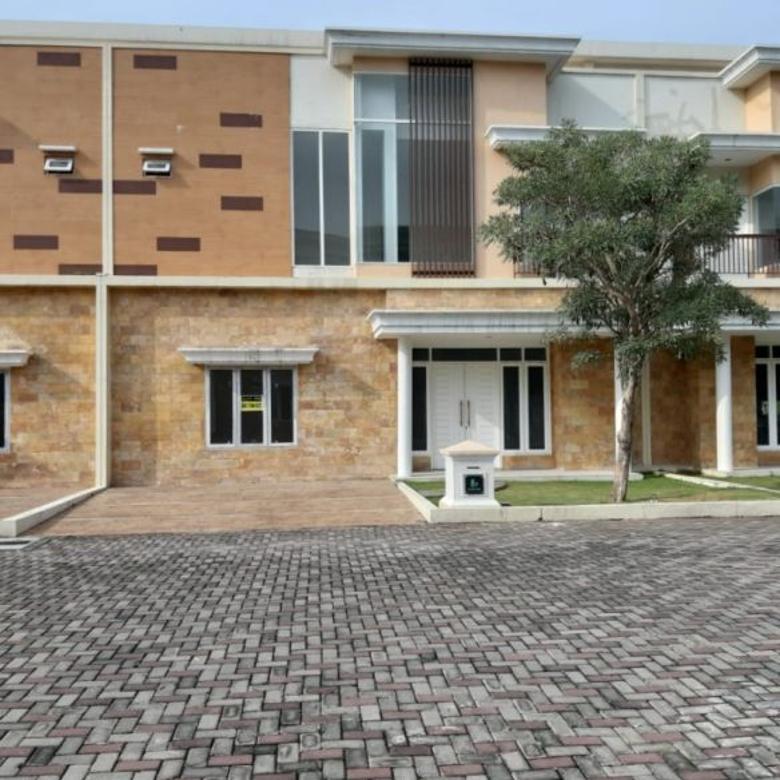Villa di Komplek Cemara Kuta