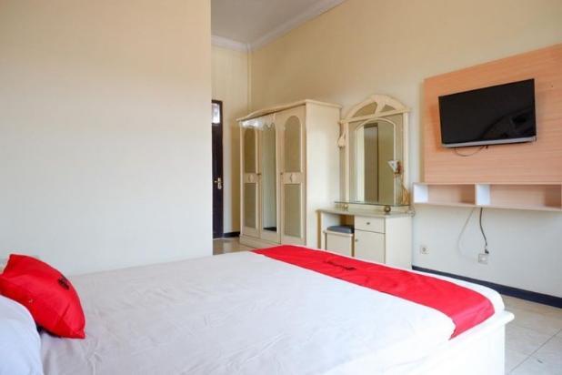 Rp17mily Hotel Dijual