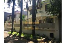 FOR RENT NICE HOUSE IN MEGA KUNINGAN AREA