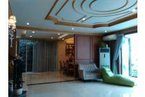 Rumah cantik dan mewah siap huni di Pondok Indah