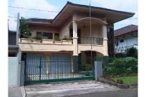 Dijual Rumah Mewah Lingkungan Tenang di Pondok Indah Jakarta