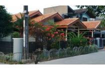 Perum Titian kencana dekat Sumarecon Bekasi