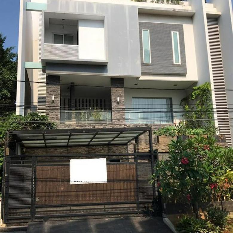 Rumah Cantik Pluit Sakti uk. 325 m2 Jakarta Utara ELEGANT