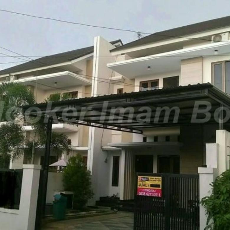 Dijual Rumah 2 Lantai Lihat PASTI SUKA @ Lamper Tengah