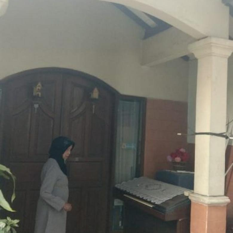 Dijual Rumah Strategis di Jl Menjangan Raya Tangerang Selatan