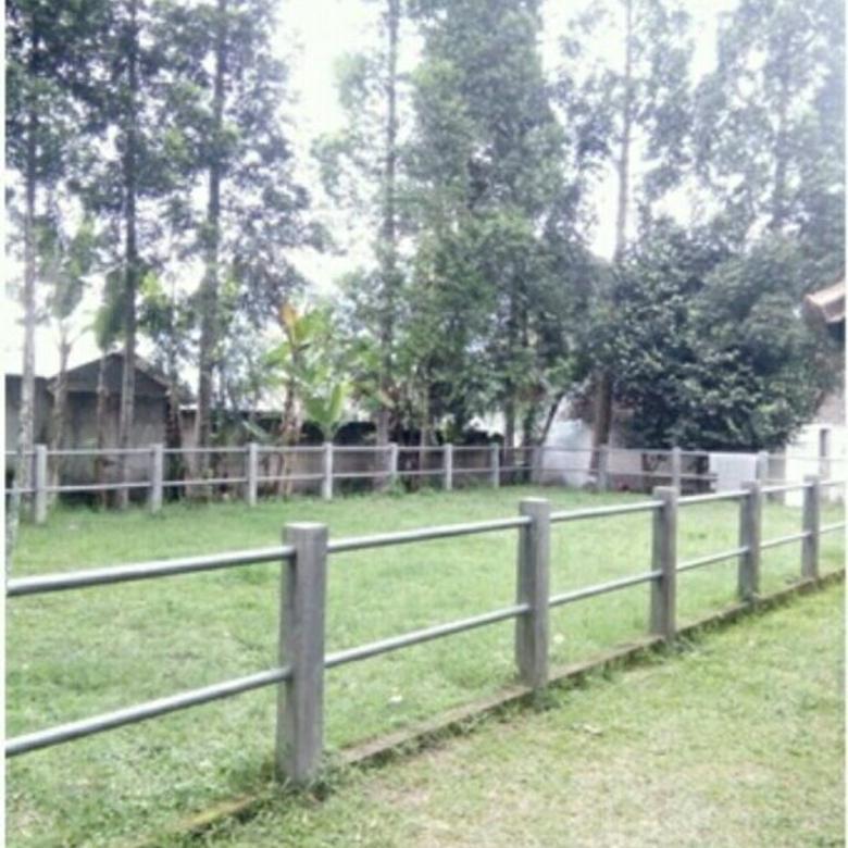 Rumah Villa Lahan Luas Ada Kandang Kuda nya Di Lembang Bandung