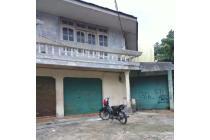 Rumah Strategis Pinggir Jalan dekat Kampus UI