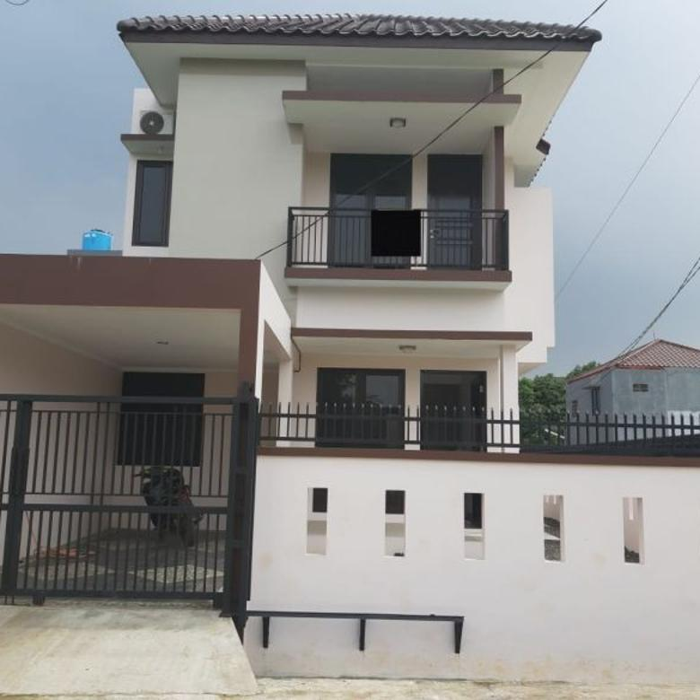 Dijual Rumah Baru Strategis di Komplek Pajak Tangerang