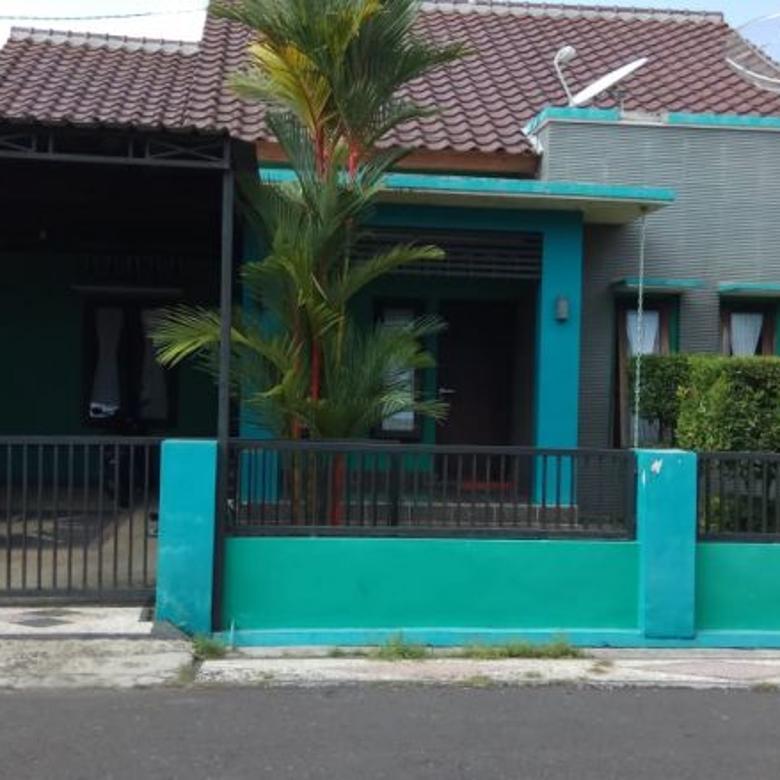 Rumah di Pagutan Residence