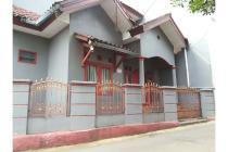 Rumah dekat akses angkot di lenteng Agung Jakarta Selatan