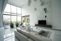 Dijual Rumah Lux Kawasan Elit Riau Bandung