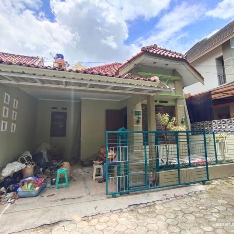 Rumah dalam perumahan Jalan Kaliurang km 8,5