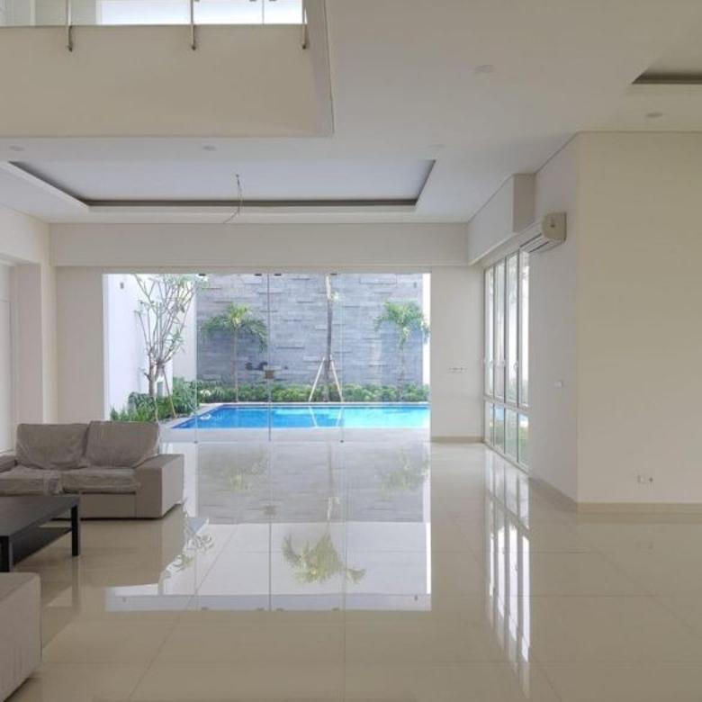 Dijual Rumah Villa Cibubur indah Mewah bagus murah BU