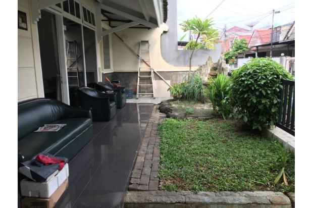 Rumah dijual di Komp. Citra Garden 2, Jakarta Barat, lokasi baik, dpn taman 17341963