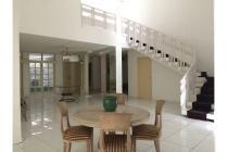 Disewakan Rumah Siap Huni di Pondok Indah (4 BR) Near PIM 2