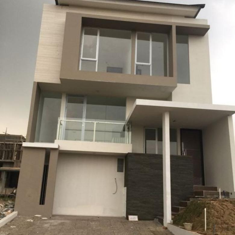 Rumah baru 2.5 lantai di Citra Garden 8, Jakarta Barat