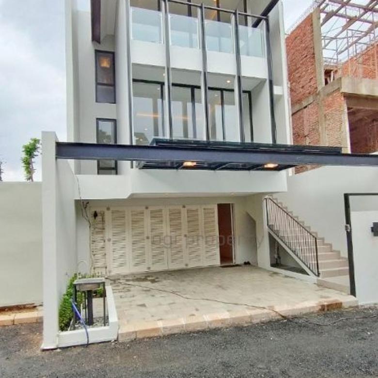 Rumah baru dalam townhouse Pinang Residence Jakarta Selatan