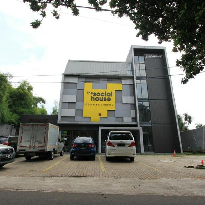 Bangunan ex Hostel di Kemang Barat, Jakarta Selatan !!!
