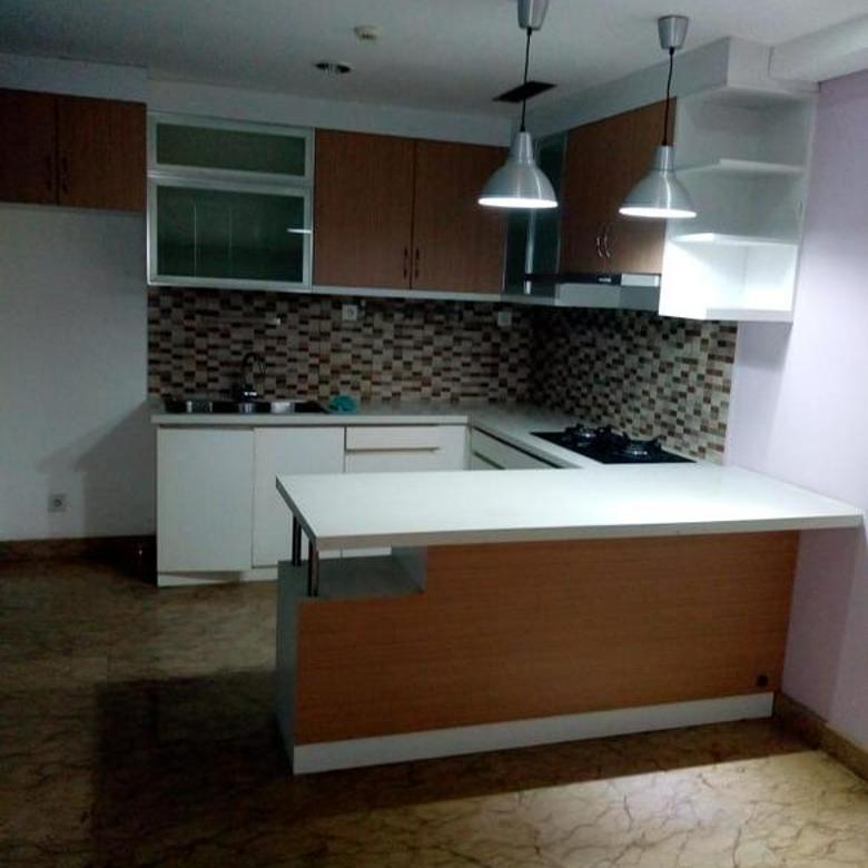 Apartment Royal Springhills Tower Magnolia Lantai 35