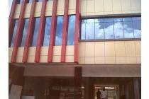 Gedung baru di Cikini