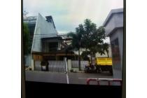 Rumah bagus dan strategis di Muara Karang, Pluit, Jakarta Utara, lokasi dek