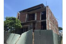 Rumah Citraland Bangunan 2Lantai! Row Jalan Besar! Cluster Pilihan
