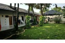 Rumah LT.850m2 nuansa Villa Resort di Pejaten DIJUAL MURAH