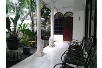Dijual Rumah Tua dan Tanah Strategis di Balonggede, Bandung