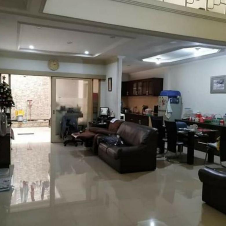 Rumah dijual di Kopo Kencana