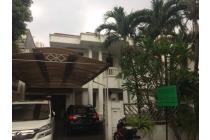Dijual Rumah 2Lt Nyaman di Taman Kebon Jeruk Jakarta Barat