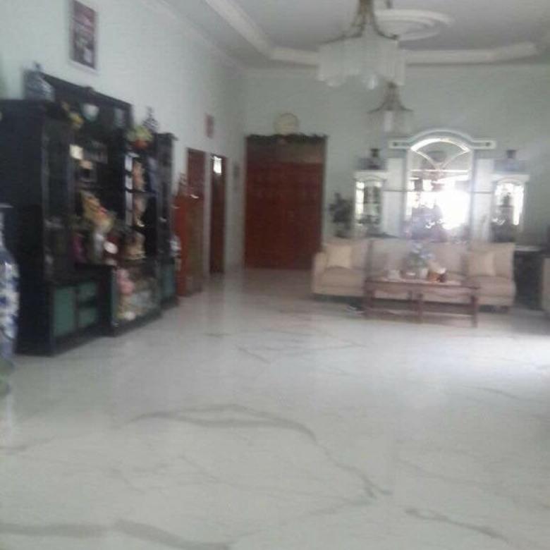 Dijual Rumah Mewah Raya Kupang Baru Surabaya
